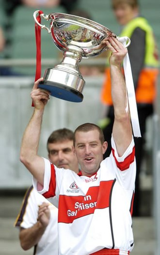 Derry GAA - Michael Conway lifting the 2006 Nicky Rackard Cup