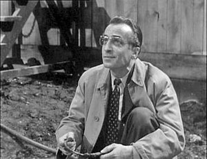 Cec Linder - Cec Linder as paleontologist Doctor Matthew Roney in the BBC Television serial Quatermass and the Pit (1958–59)