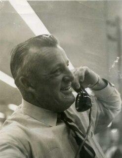 Ray Kelly (sportswriter) American sportswriter