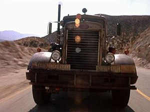 Duel (1971 film) - The Peterbilt 281 tanker truck