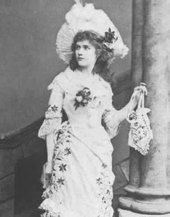 "Marion Hood: ""Yes, 'tis Mabel!"" Marion Hood as Mabel.jpg"
