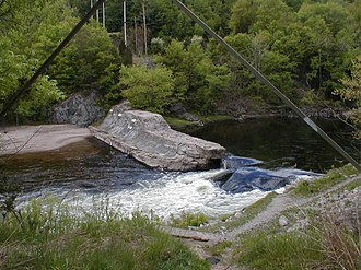 Farmington River - Tariffville Gorge Dam