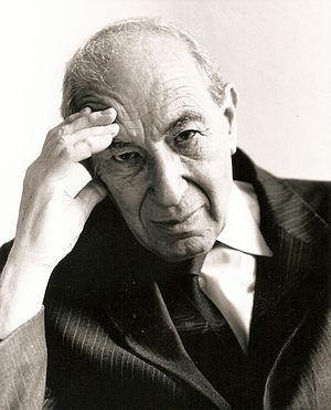 Alfred Reynolds (writer) - Alfred Reynolds in August 1992