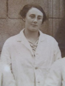 Dorothy Stopford at Meath Hospital.jpg