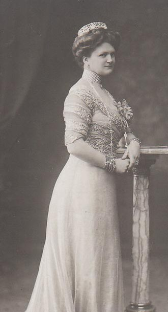 Princess Eleonore of Solms-Hohensolms-Lich - Image: Eleonoreof Hesse 2