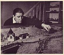 Donald Featherstone (wargamer) - Wikipedia