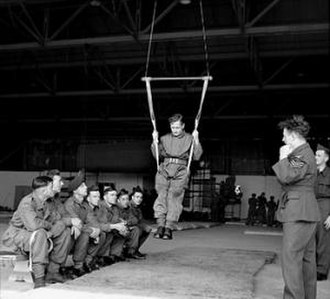 Parachute Regiment (United Kingdom) - Parachute training (1942).