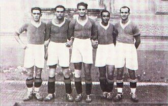 S.S.C. Napoli - Attila Sallustro in the middle, with Napoli teammates in 1927