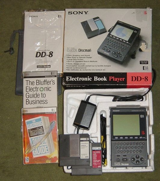 [تصویر:  531px-Sony_DD_8_Electronic_Book_Player_2.jpg]