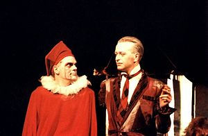 Stinkfoot, a Comic Opera - Screwy (Jon Beedell) vs Soliquisto (Andy Black)  Original Bristol performance