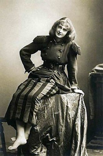Trilby (play) - Dorothea Baird in the title role of the London production of Trilby (1895)