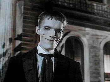 Carel Struycken as Lurch in The Addams Family ...