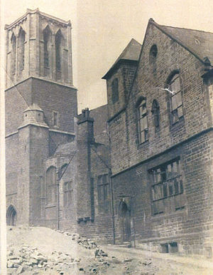 St Vincent's Church, Sheffield - St Vincent's in the 1930s, the original school-chapel on the right was destroyed in the Sheffield Blitz.