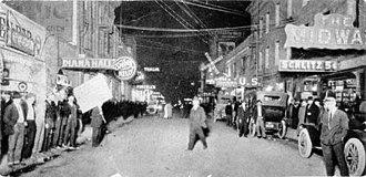 Terrific Street - Image: Terrific Street Facing East 1913 San Francisco Pacific Street A1