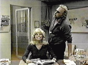 WKRP in Cincinnati - Johnny Fever unsuccessfully flirts with Jennifer Marlowe (Loni Anderson)