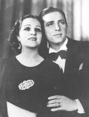 Ada Falcón - With Tito Lusiardo in Idolos de la radio (1934)
