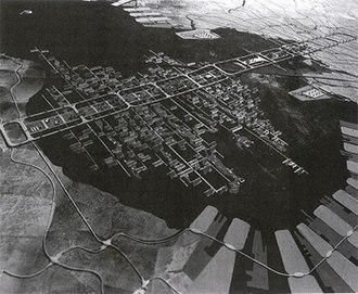 Metabolism (architecture) - Tokyo Bay Plan, project of the Metabolist and Structuralist movement, 1960 (Kenzo Tange)