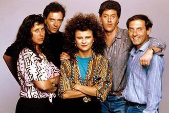 The Tracey Ullman Show - Cast of The Tracey Ullman Show in 1987. Left to right: Julie Kavner, Joe Malone, Tracey Ullman, Sam McMurray, Dan Castellaneta