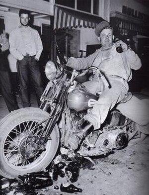 Hollister riot - Image: Hollister riot life magazine 1947