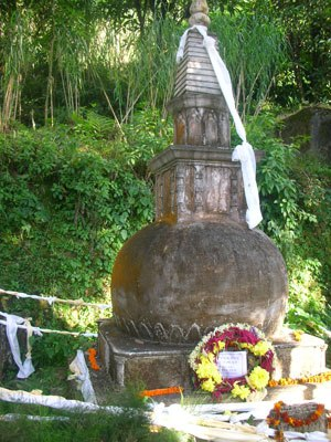 """Rahul Sankrityayan - Rahul's Tombstone at Darjeeling.This tombstone is established at a place called """"Murda Haati"""" which is a cremation ground downtown in the lower altitudes of Darjeeling around 25 minutes drive from the ChowRasta.The same place also has the tombstone of Sister Nivedita."""