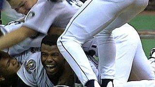 The Double (Seattle Mariners) deciding play in one of the two 1995 American League Division Series