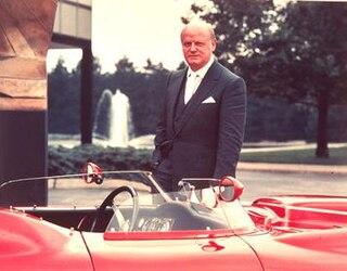 Bill Mitchell (automobile designer)