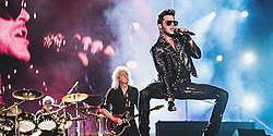Queen + Adam Lambert Tour, 2015.jpg