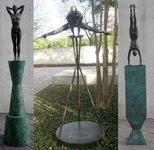 Robert Graham (sculptor) - Fountain Figures No. 1, 2, 3 (1983), bronze, Museum of Fine Arts, Houston