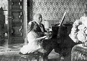Dolly (Fauré) - Fauré and Mlle Lombard in 1913