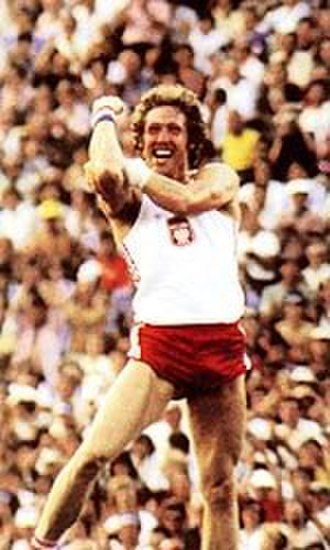 Athletics at the 1980 Summer Olympics – Men's pole vault - Image: Kozakiewicz gesture