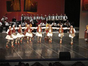 Music of the Republic of Macedonia - Image: Tanec folk ensemble Macedonia 4
