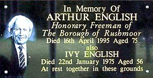 Arthur English - Memorial to Arthur English at the Park Crematorium in Aldershot