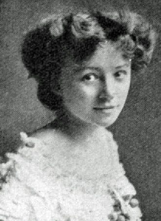 Hilda Trevelyan - As Maggie Wylie in Barrie's What Every Woman Knows, 1908