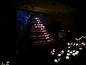 Singing Christmas Tree - A Living Christmas Tree.