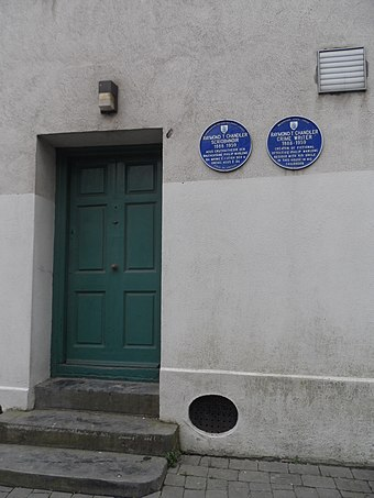 A blue plaque marks the house in Cathedral Square where Chandler stayed in Waterford, Ireland. Raymond Chandler house, Waterford.jpg