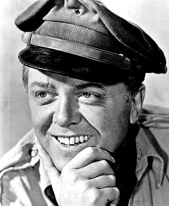 Richard Attenborough - in Flight of the Phoenix (1965)