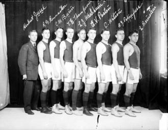 "1908–09 Illinois Fighting Illini men's basketball team - ""1908-09 Fighting Illini team"""