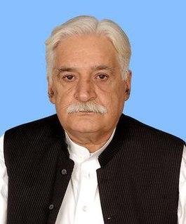 Gulzar Khan (politician) Pakistani politician