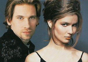 Téa Delgado - Roger Howarth as Todd Manning and Florencia Lozano as Téa Delgado.