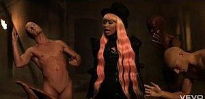 Turn Me On (David Guetta song) - Minaj surrounded by bald human dolls