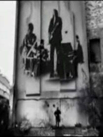 Four to the Floor - The band seen as a graffito.