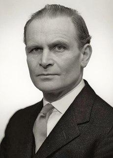 David Renton 20th century British politician (1908–2007)