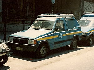 The first version of the MAVA-Renault Farma. A...