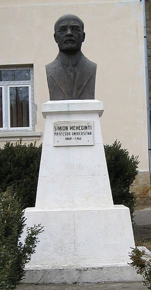 Simion Mehedinți - Bust of Mehedinți before the town hall of Soveja, his birthplace.