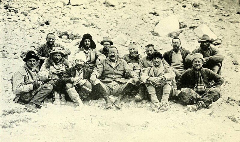 File:1922 Everest expedition at Base Camp.jpg