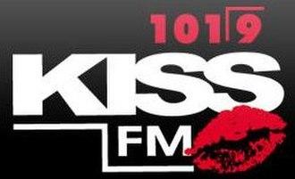 XHCAM-FM - Image: XHCAM kissfm 101.9 logo