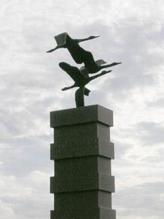 Hanko - The emigrants' memorial statue.