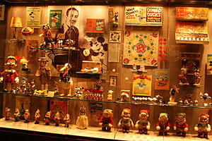 Geppi's Entertainment Museum - Disney collectibles from 1928 to 1945