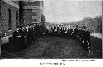 Hathorn Hall - Image: Ivy Day