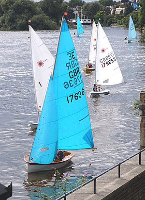 Sailing on the River Thames - Enterprises and Lasers racing on the Tideway
